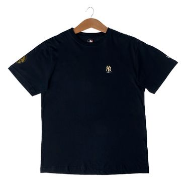Camiseta-New-Era-Gold-City-New-York-Yankees-Masculina-Preto