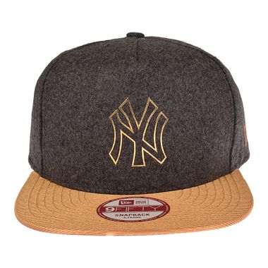 Bone-New-Era-9Fifty-Ruffle-New-York-Yankees-Masculino