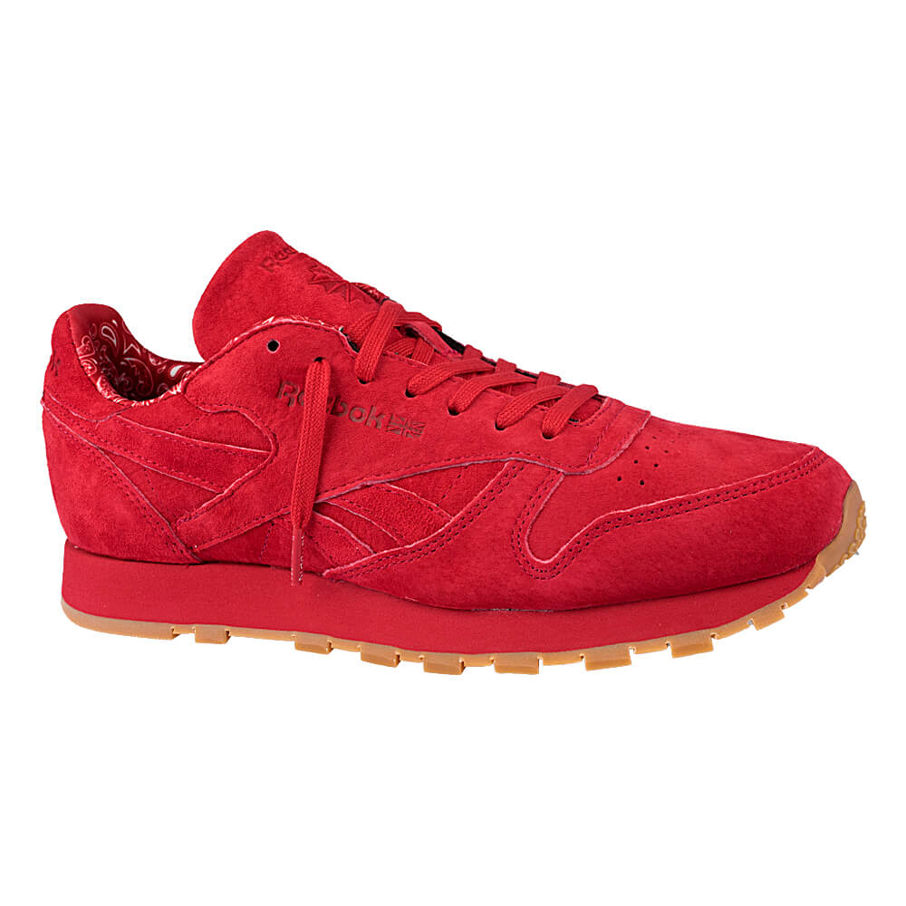 4772f1b0a97 Outlet. Tenis-Reebok-CL-Leather ...