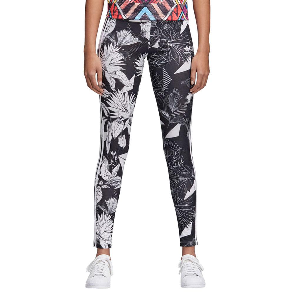 96b399ad56844 Calça adidas Tight Farm Feminina | Calça é na Artwalk! - Artwalk