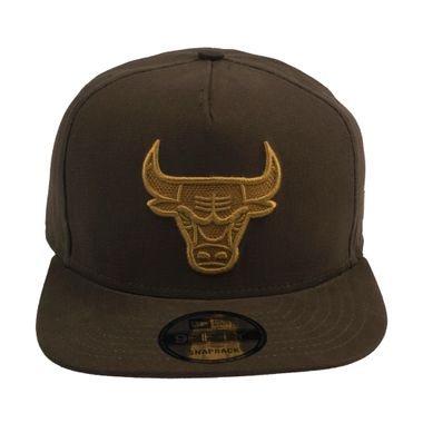 Bone-New-Era-9Fifty-Sn-Military-Gold-Chicago-Bulls-Marrom