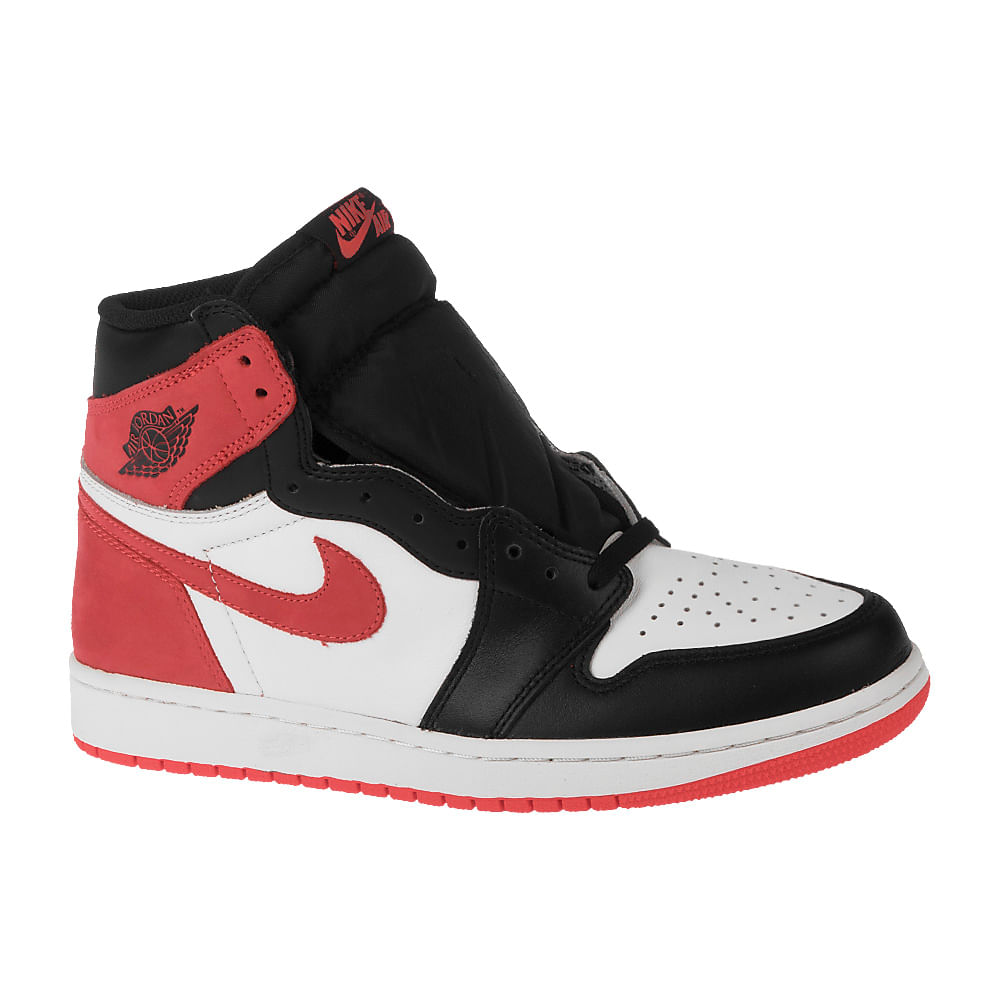 new product 6e16c cf980 Tênis Nike Air Jordan 1 Retro High OG Masculino
