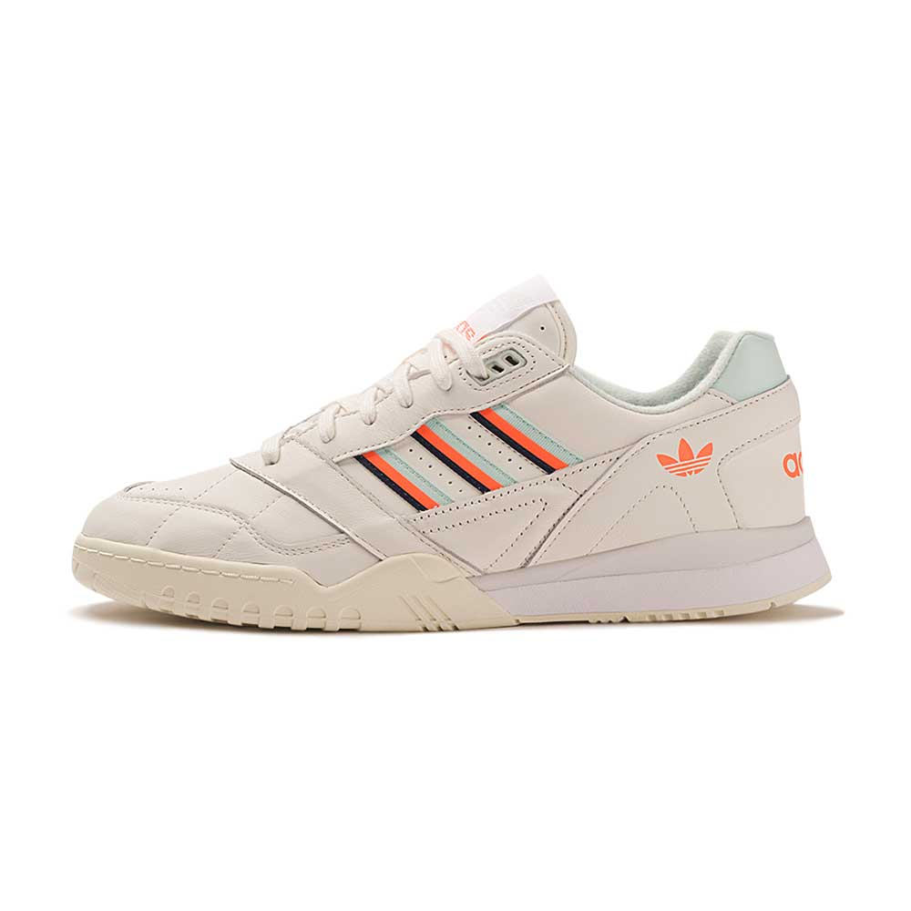 Tenis-adidas-A.R.-Trainer-Masculino-Bege