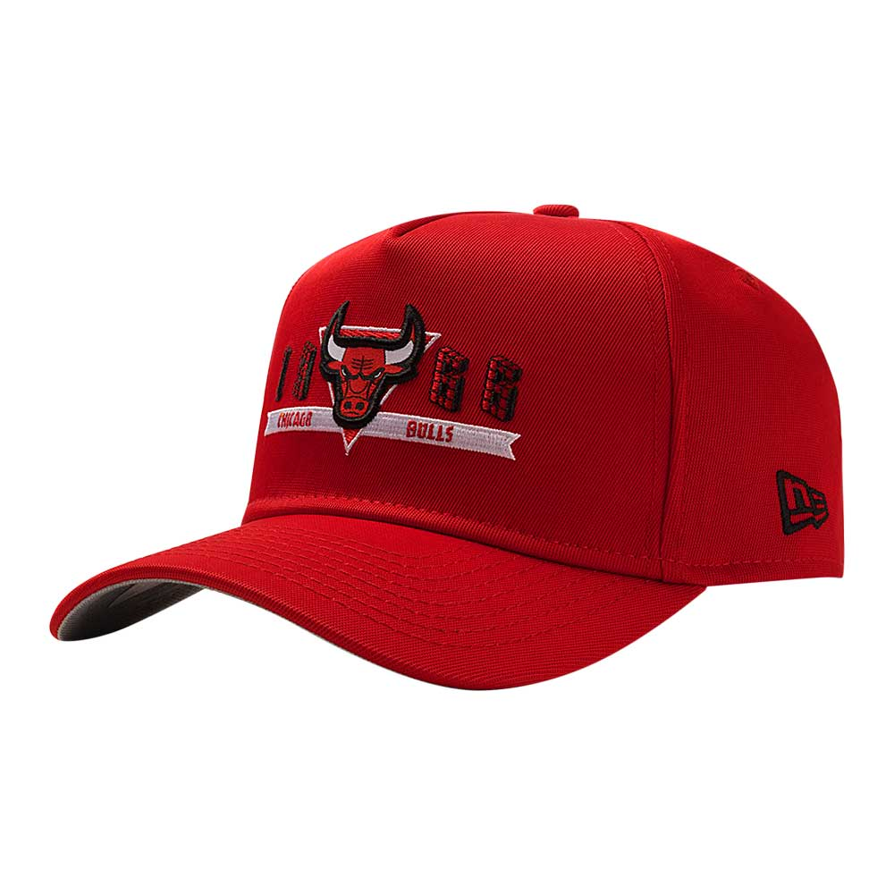 Bone-New-Era-9Forty-Color-Zones-Triangle-Chicago-Bulls-Vermelho