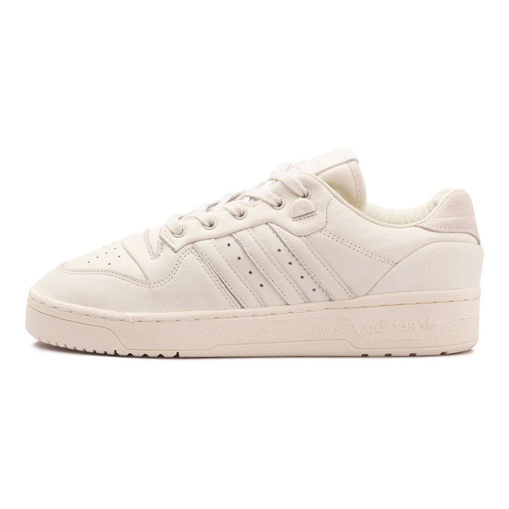 Tenis-adidas-Rivalry-Low-Masculino-Bege