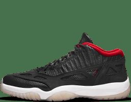 gambar kaos olahraga adidas sneakers nike